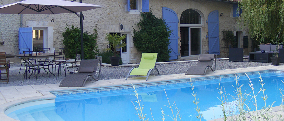 La Grange au Bois, vue piscine