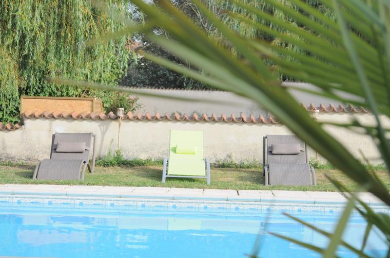 Chambres d 39 h te b b location vacances piscine table d 39 h tes s jour r veillon stage cuisine - Piscine guilherand grange ...